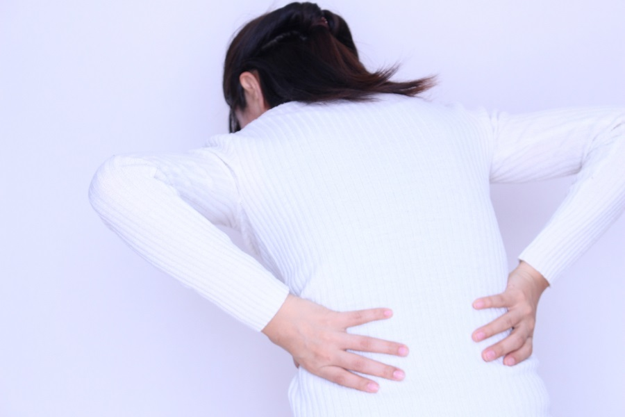 mother_back_pain